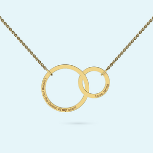 Interlocking rings necklace in solid gold with engraving